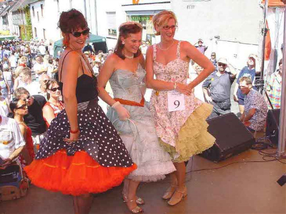 goldenoldies_petticoats